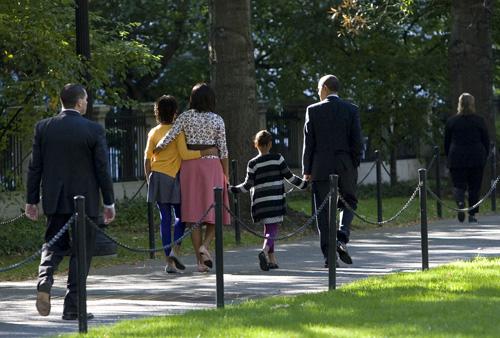 Obamawalk.007