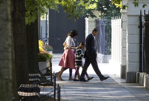 Obamawalk.008