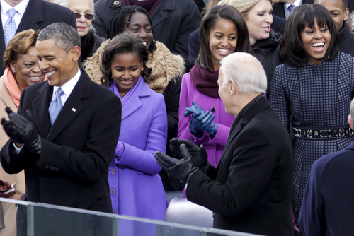 DC: Kelly Clarkson at the Ceremonial swearing-in of President Obama